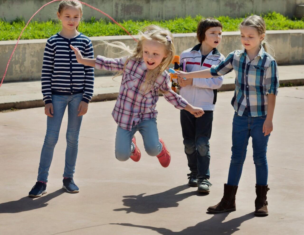 ppo_leiden_kinderen_springtouw